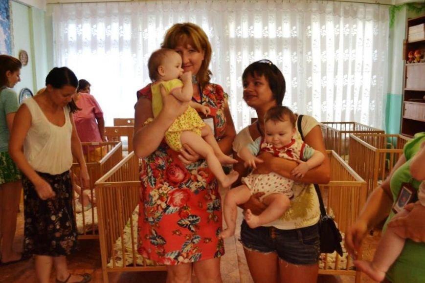 В Мариуполе дети-сироты из Донецка нуждаются в ходунках, колясках и памперсах (ФОТОРЕПОРТАЖ), фото-1