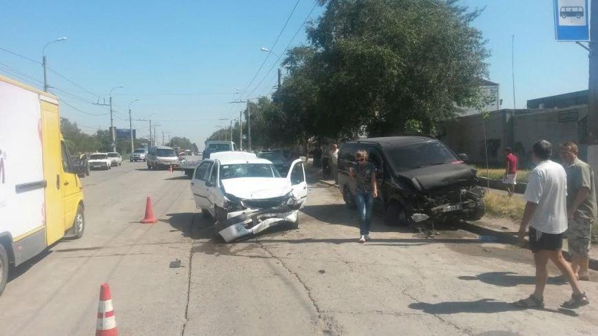 Тройное ДТП в Мариуполе: пострадали два человека (ФОТО), фото-7