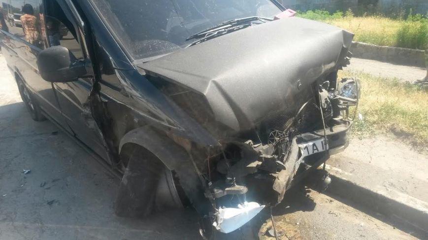 Тройное ДТП в Мариуполе: пострадали два человека (ФОТО), фото-9