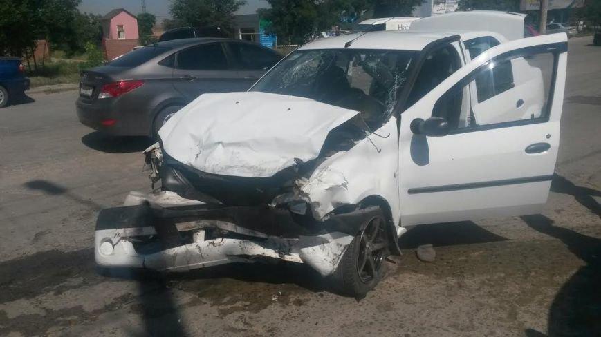 Тройное ДТП в Мариуполе: пострадали два человека (ФОТО), фото-8