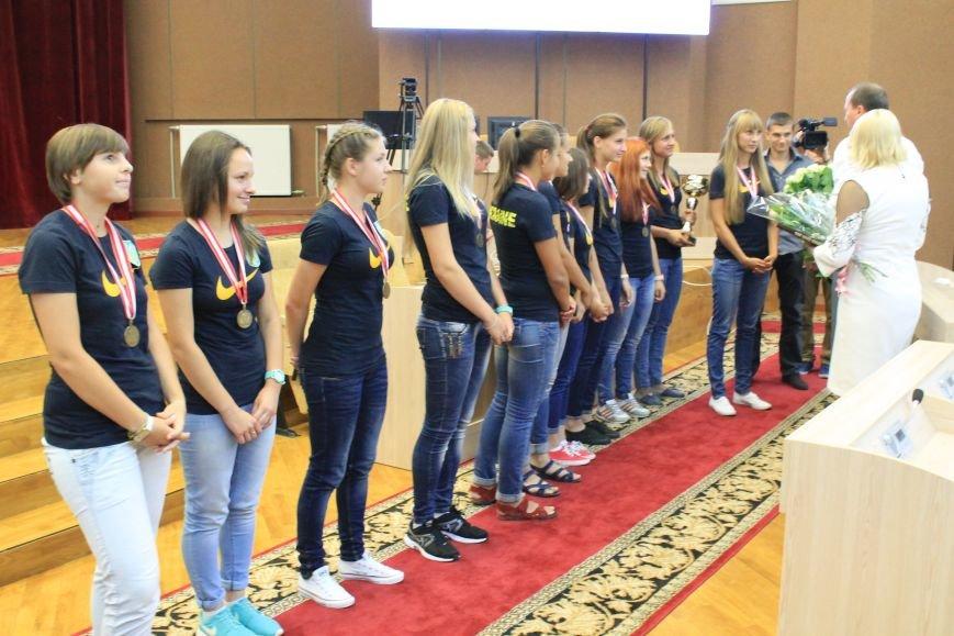 В Сумах поздравили спортсменов с успешными выступлениями в Австрии и на Азовском море (ФОТО), фото-2