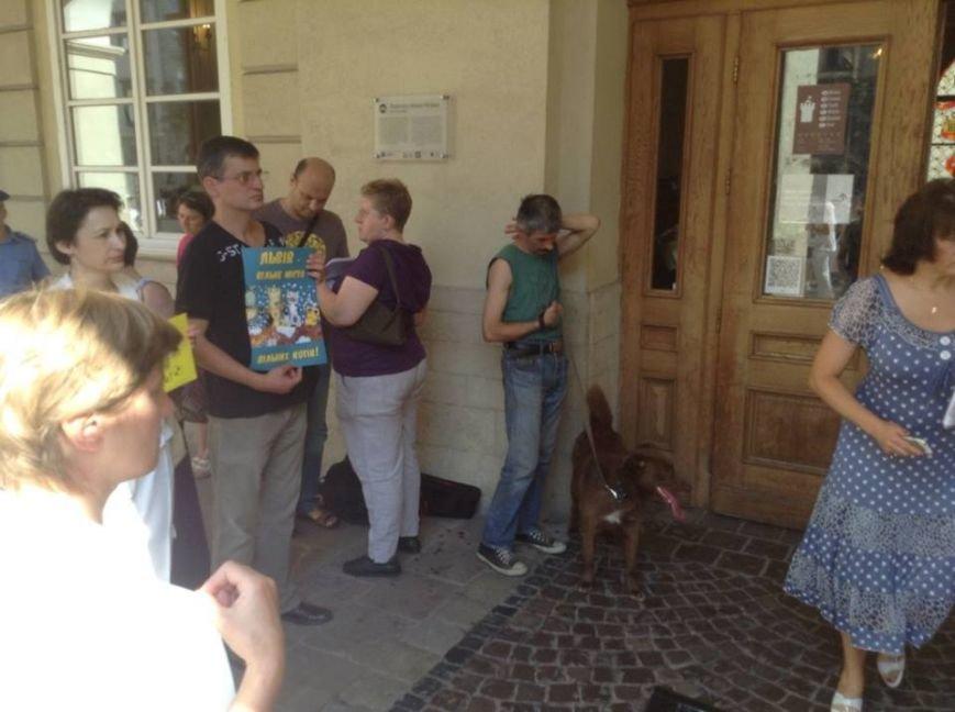 До депутатів Львівської міськради знову привели собак (ФОТО), фото-4