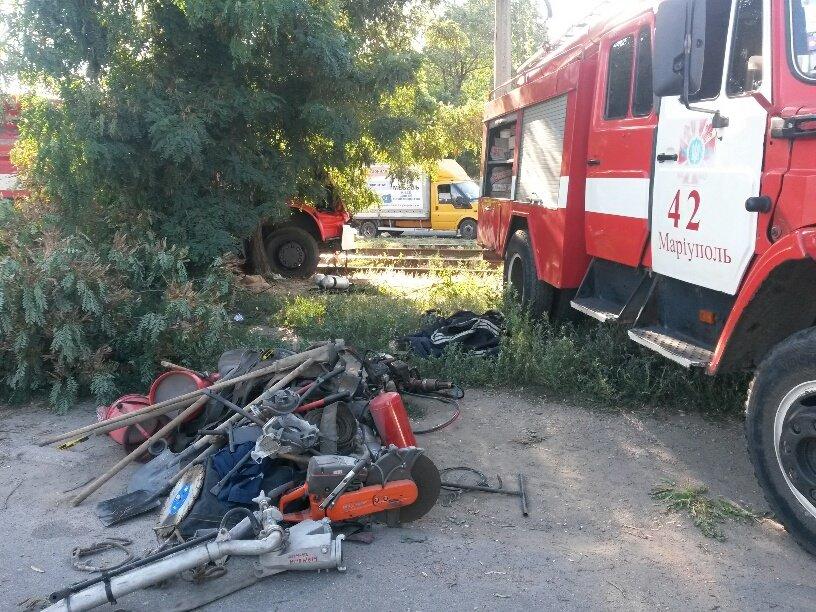 В Мариуполе разбился автомобиль МЧС (ФОТО), фото-1
