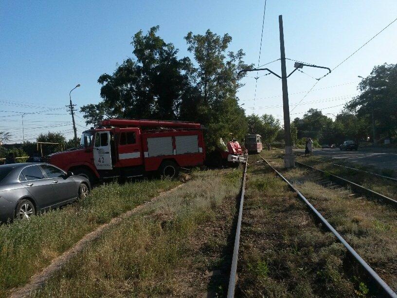 В Мариуполе разбился автомобиль МЧС (ФОТО), фото-2
