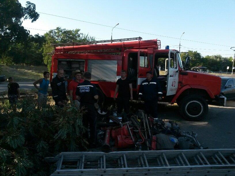В Мариуполе разбился автомобиль МЧС (ФОТО), фото-4