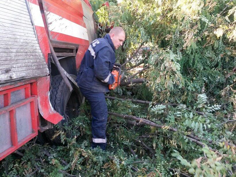 В Мариуполе разбился автомобиль МЧС (ФОТО), фото-5