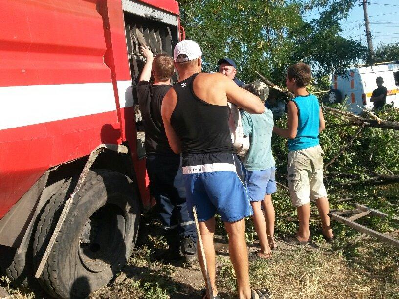 В Мариуполе разбился автомобиль МЧС (ФОТО), фото-7