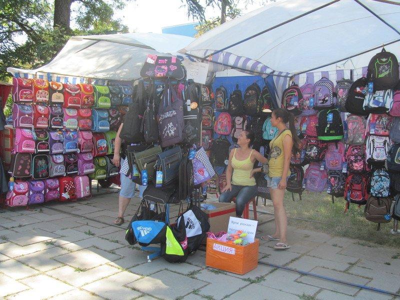 В Симферополе открылся большой школьный базар (ФОТО), фото-13