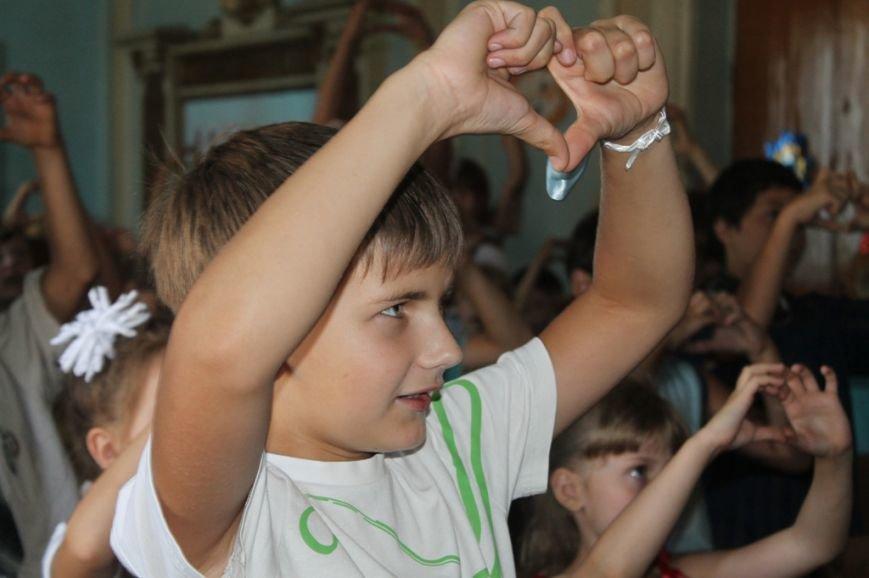 Настроение просто класс! В Часов Яре открыли летний лагерь при Дворце культуры (ФОТО+ВИДЕО), фото-2