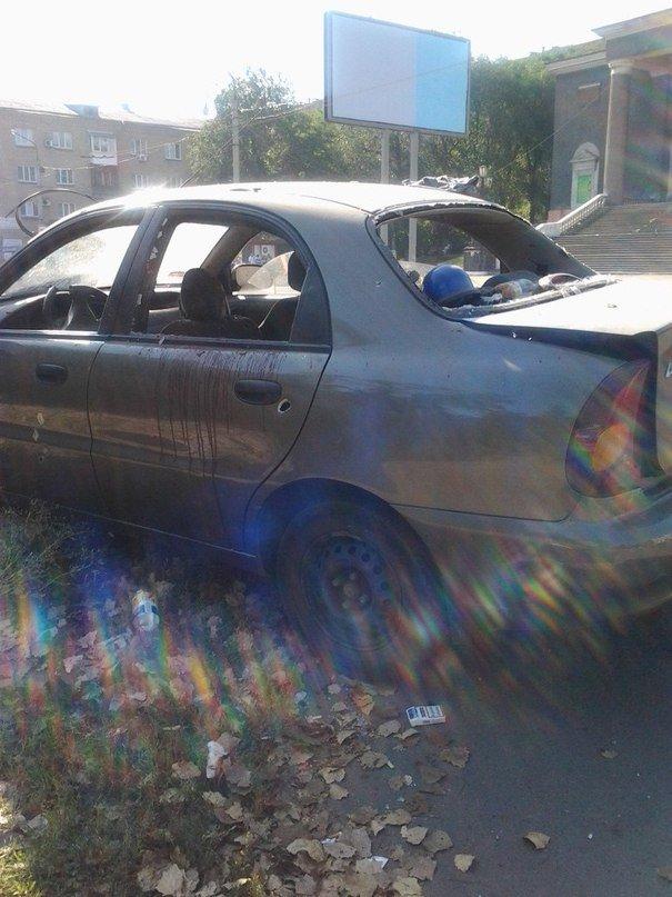 В Донецке на Боссе расстреляли машину, сопровождавшую колонну танков? (ФОТО), фото-2