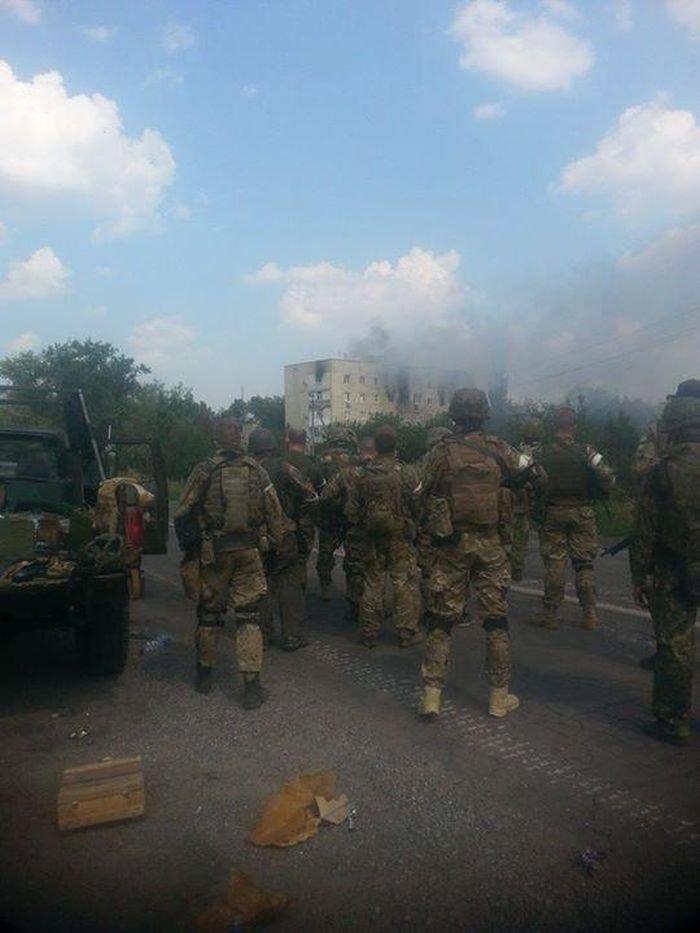 Батальоны  «Азов» и «Шахтерск» объявили о начале зачистки Донецка (ФОТО, ВИДЕО), фото-1
