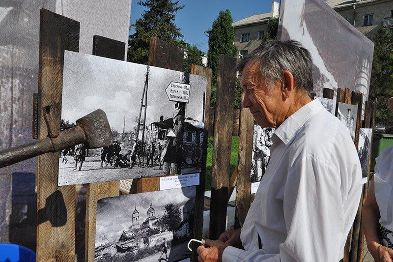 В парке Победы открыли выставку под открытым небом «Белгород фронтовой», фото-2