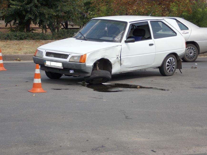 В Кировограде столкнулись две легковушки (фото), фото-3