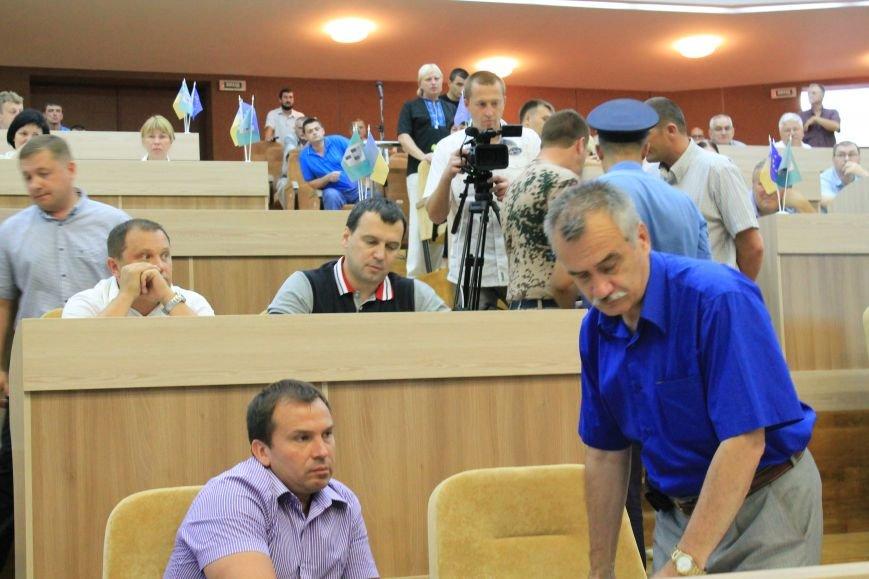 В Сумском  горсовете  регионал едва не подрался с  главой «Правого сектора» из-за войны (ФОТО+ВИДЕО), фото-3