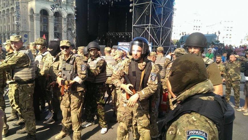 На Майдане начались столкновения милиции и протестующих, горят шины (ФОТО, ОБНОВЛЕНО), фото-5