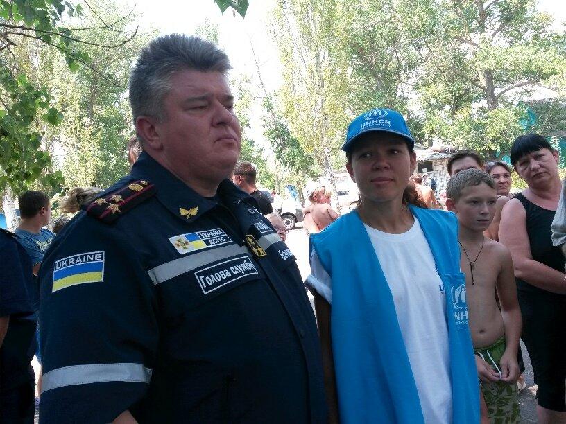 На границе Донецкой и Запорожской областей мариупольцы встретили гуманитарную помощь (Дополнено+ФОТО), фото-16