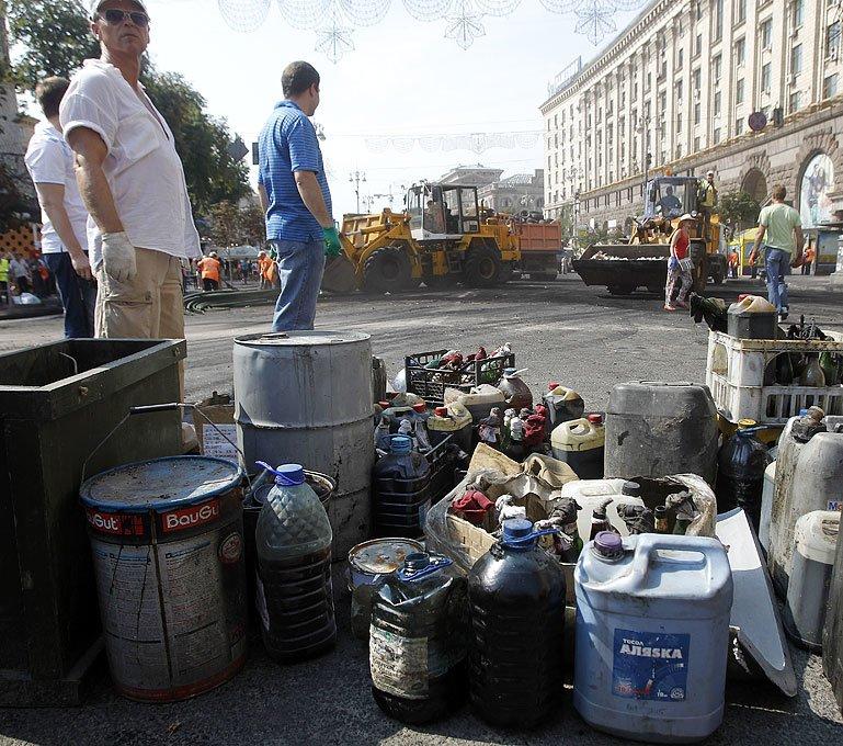 Субботник на Крещатике: тысячи киевлян, Кличко и нардепы (ФОТО), фото-7