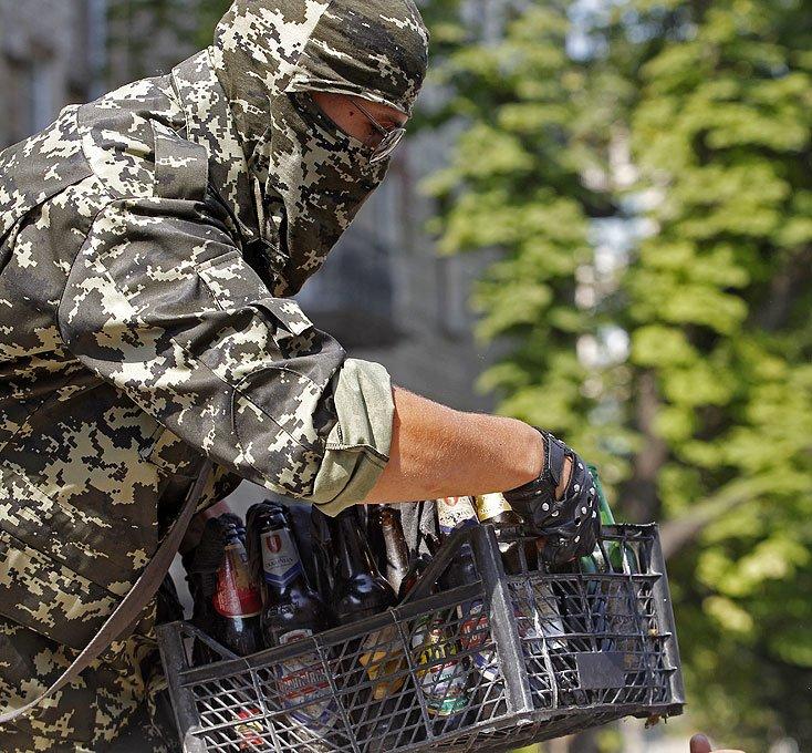 Субботник на Крещатике: тысячи киевлян, Кличко и нардепы (ФОТО), фото-11