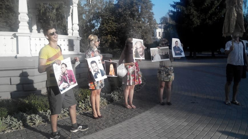 В Сумах протестовали против российской музыки, сериалов и фильмов (ФОТО+ВИДЕО), фото-2