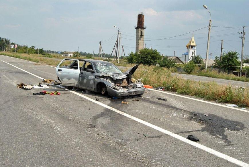 На блокпосту между Горловкой и Ясиноватой силы АТО уничтожили автомобиль с боевиками (ФОТО), фото-2