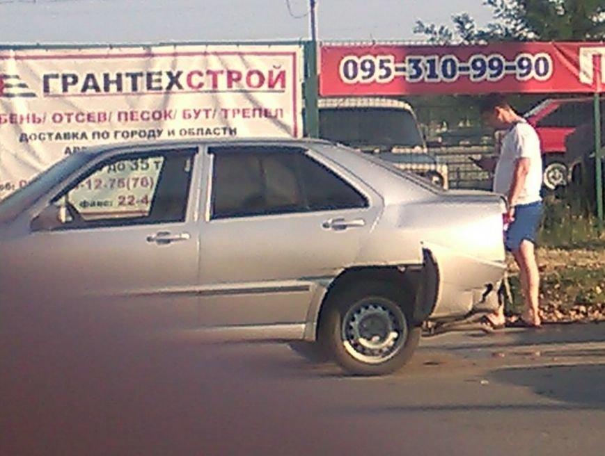 В Кировограде столкнулись две иномарки, фото-2