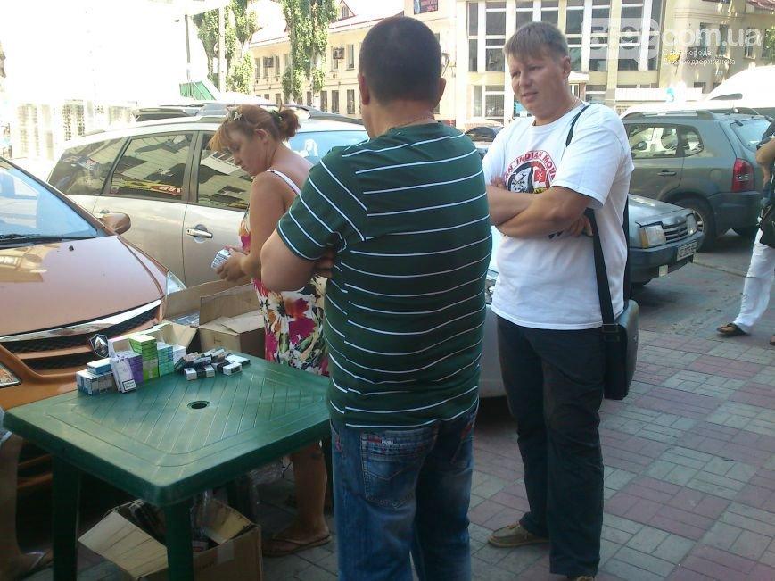 В Днепродзержинске общественники помогают в борьбе с контрабандными российскими сигаретами, фото-3