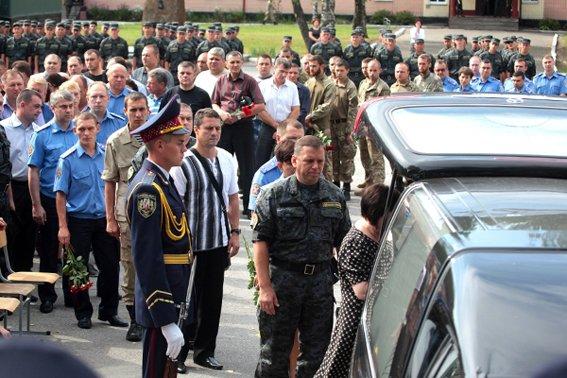 Героя Нацгвардии похоронили в Ульяновке  (фото), фото-4