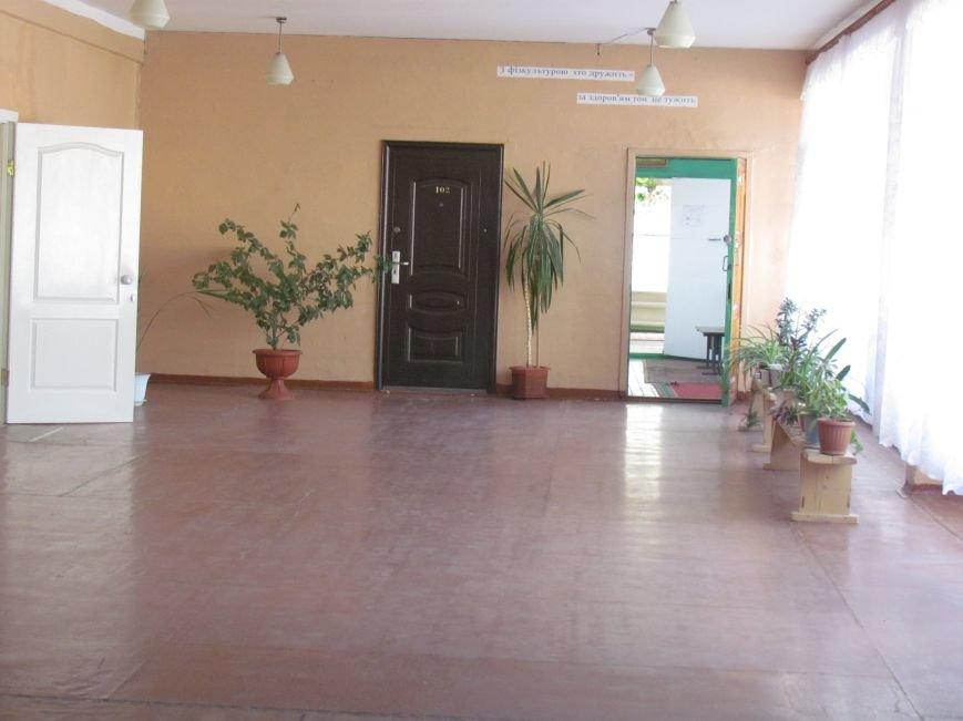 В Мариуполе готовят школы к новому учебному году, фото-4
