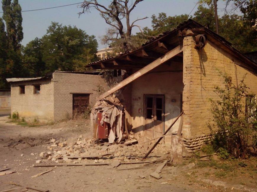 В Донецке продолжается стрельба - сегодня в центре города погибли два мирных жителя (ФОТО, ВИДЕО), фото-2