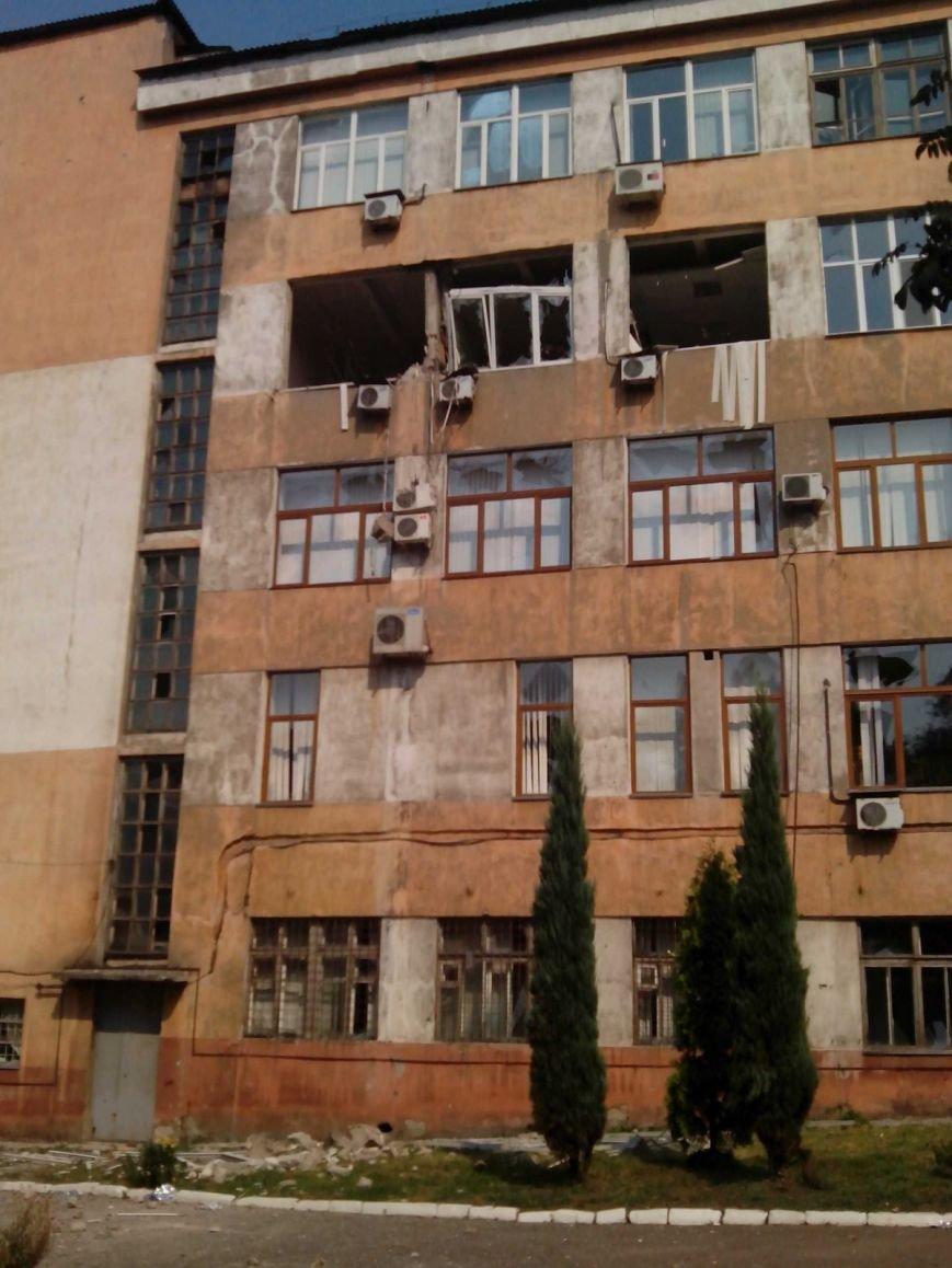 В Донецке продолжается стрельба - сегодня в центре города погибли два мирных жителя (ФОТО, ВИДЕО), фото-1