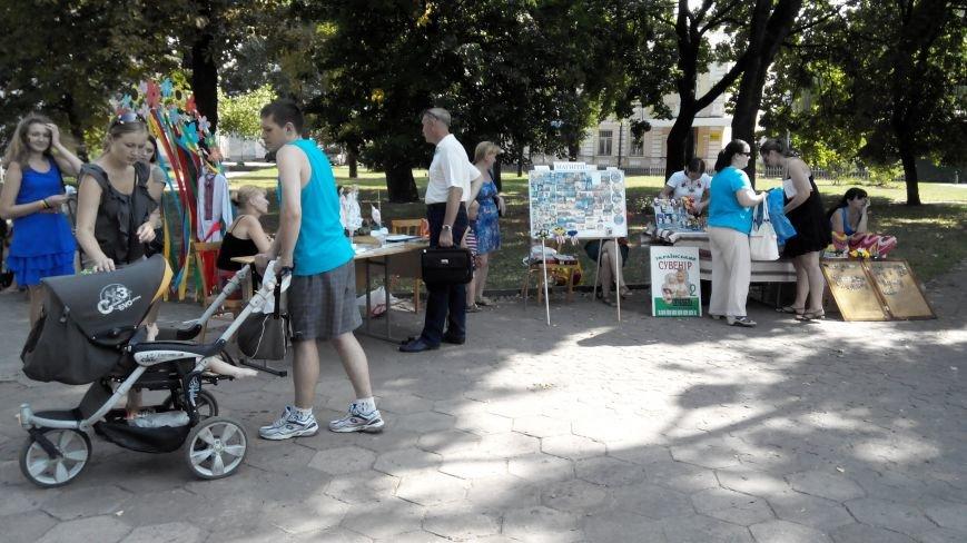 В Сумах общественники, фотографы и писатели собрали для АТО почти 13 тысяч гривен (ФОТО), фото-2