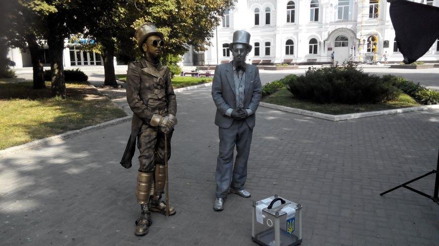 В Сумах общественники, фотографы и писатели собрали для АТО почти 13 тысяч гривен (ФОТО), фото-3