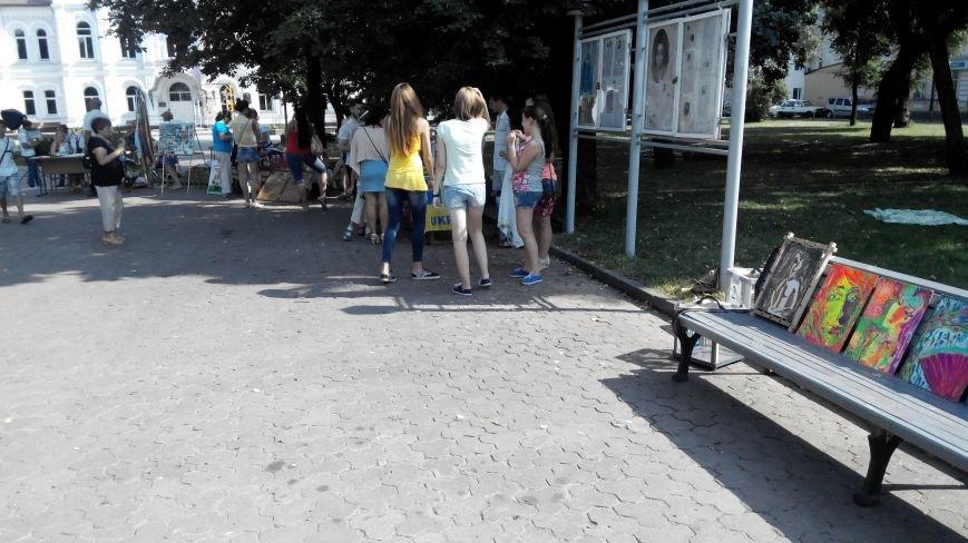 В Сумах общественники, фотографы и писатели собрали для АТО почти 13 тысяч гривен (ФОТО), фото-1