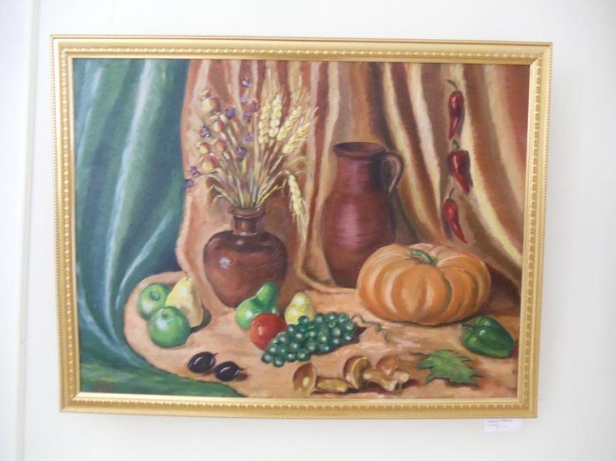 Выставка ильичёвской художницы открылась в музее имени Белого, фото-3