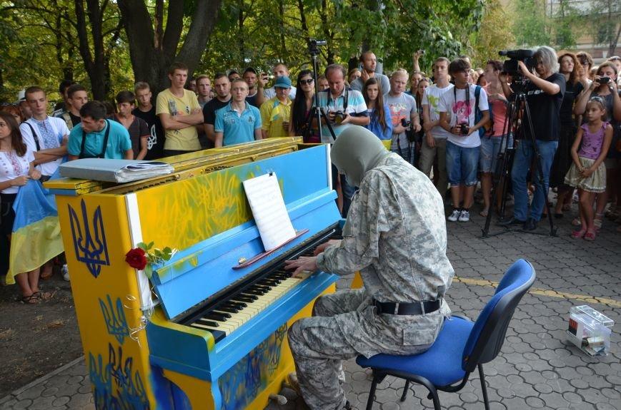 В Мариуполе концерт Piano Extremistа собрал сотни зрителей (ФОТОРЕПОРТАЖ+ВИДЕО), фото-10