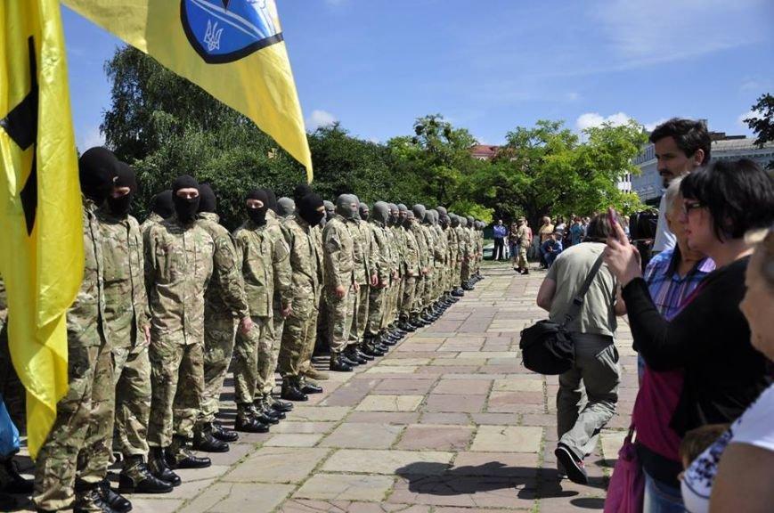 В Киеве 75 добровольцев батальона «Азов» проводили на войну (Добавлено ФОТО), фото-1