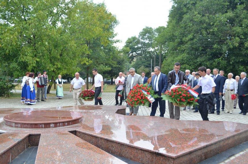 В Симферополе почтили память жертв депортации немцев (ФОТО), фото-7