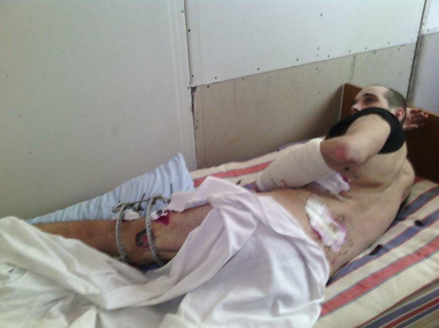 В Мариуполе лечат парня, раненного на блокпосту ДНР (ФОТО), фото-2