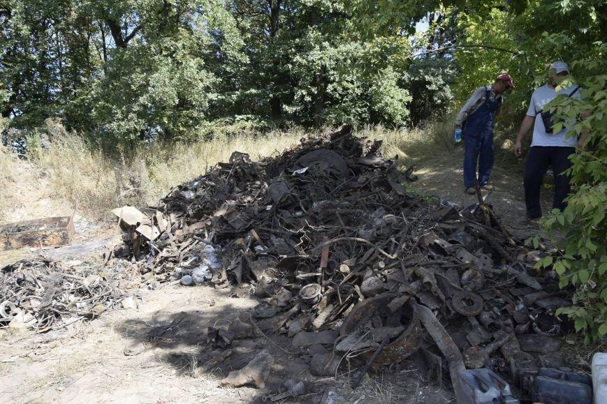 Под Сумами жители с. Стецьковка перекрыли международную трассу, чтобы прекратить разрытие мусорного полигона (ФОТО), фото-4
