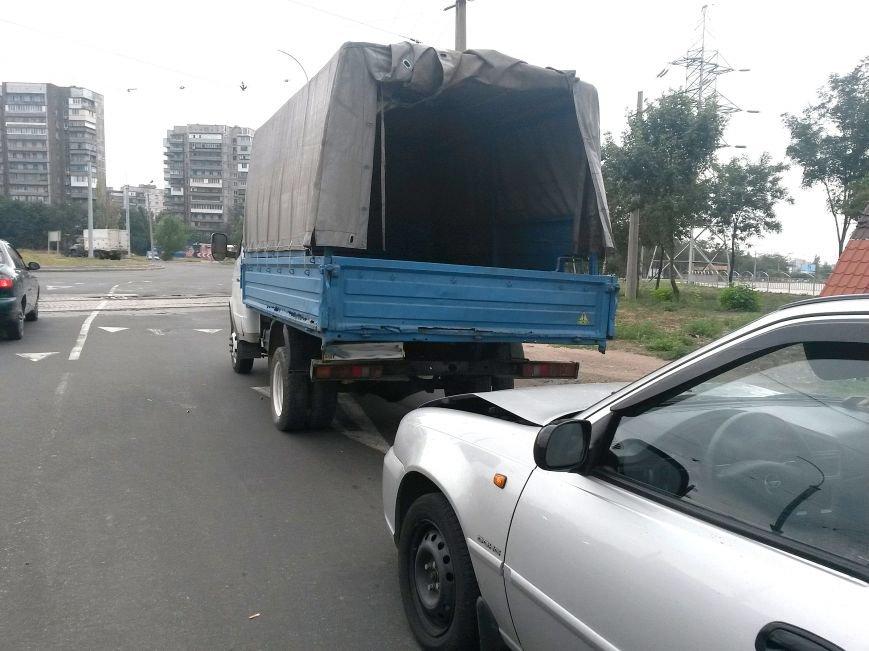 В Мариуполе столкнулись 3 маршрутки. Пострадал ребенок, фото-3