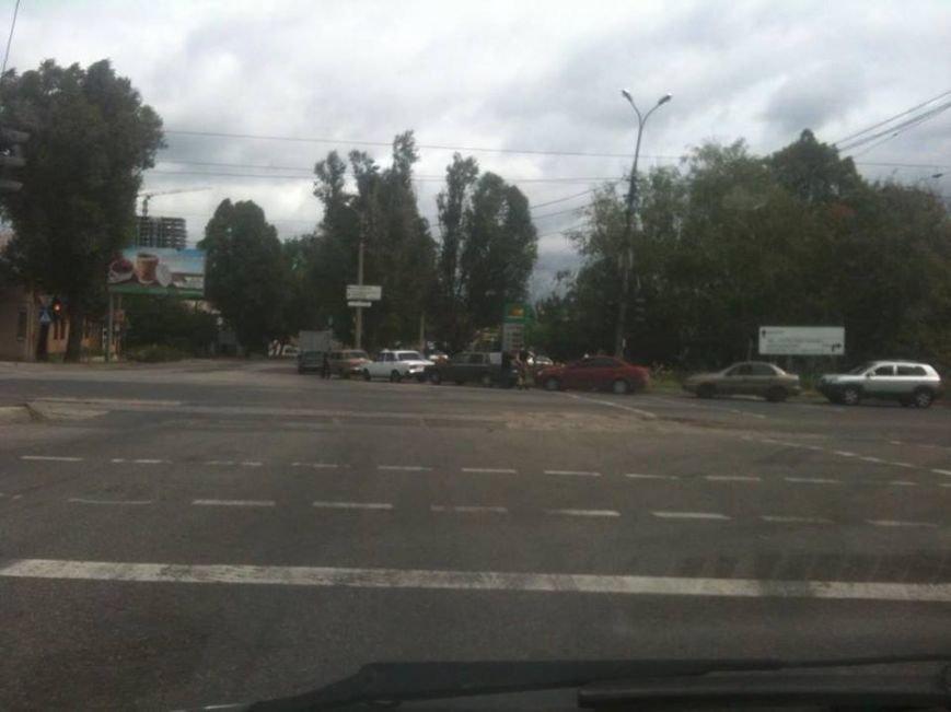 В Донецке сумасшедшие очереди на газовых заправках (ФОТОФАКТ), фото-2