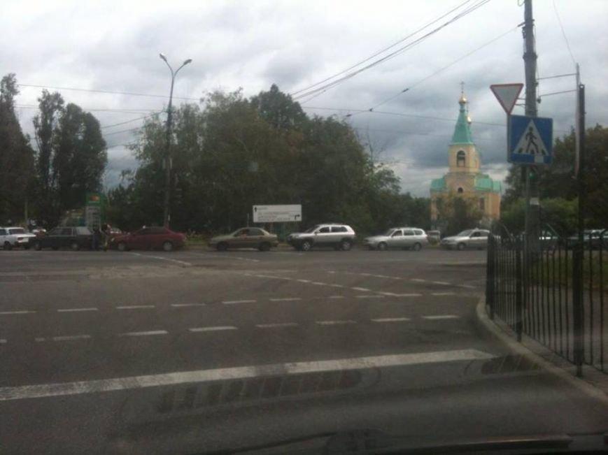 В Донецке сумасшедшие очереди на газовых заправках (ФОТОФАКТ), фото-1