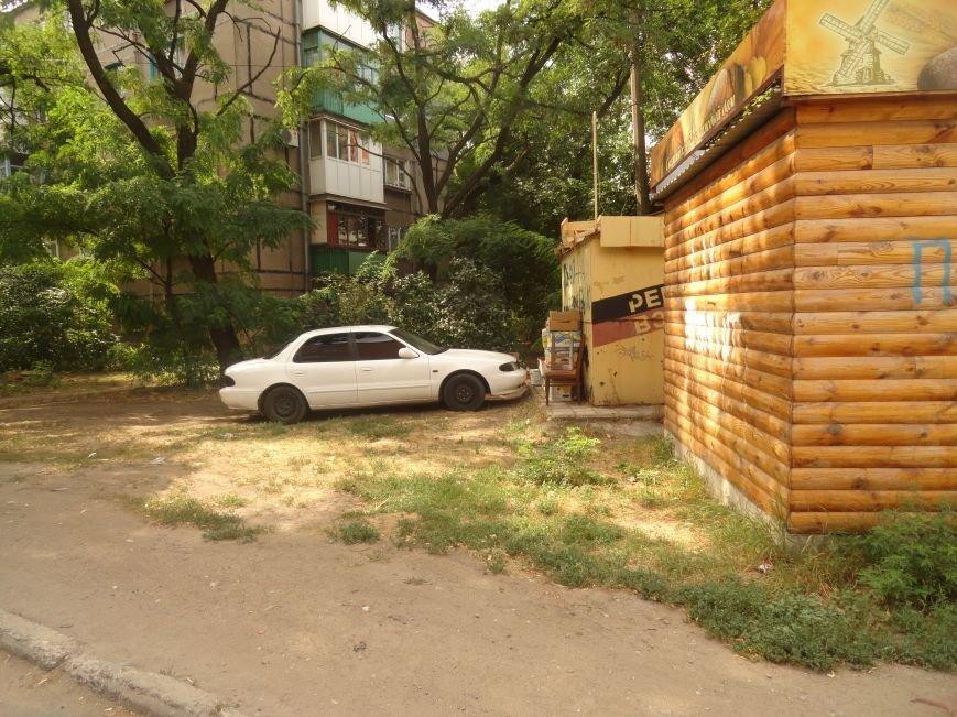 В Мариуполе стихийные торговцы не сорят и ходят в туалет домой (ФОТО), фото-4