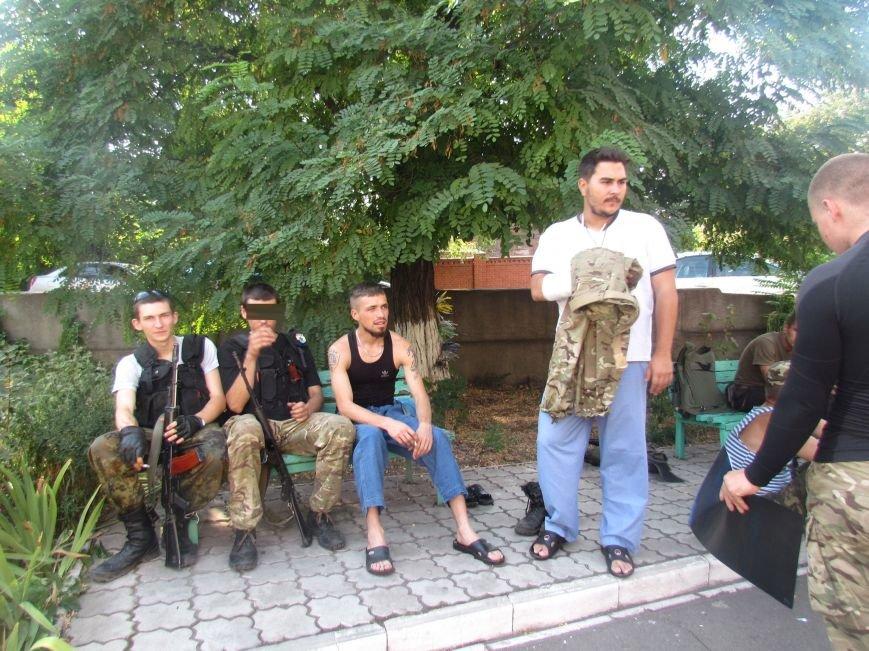 Из Мариуполя раненных в Иловайске бойцов отправили в Днепропетровск (ФОТО), фото-3