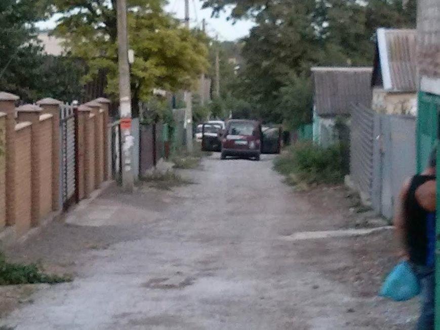 В Мариуполе в неизвестном направлении увезли мужчину (Дополнено, Фотофакт), фото-1