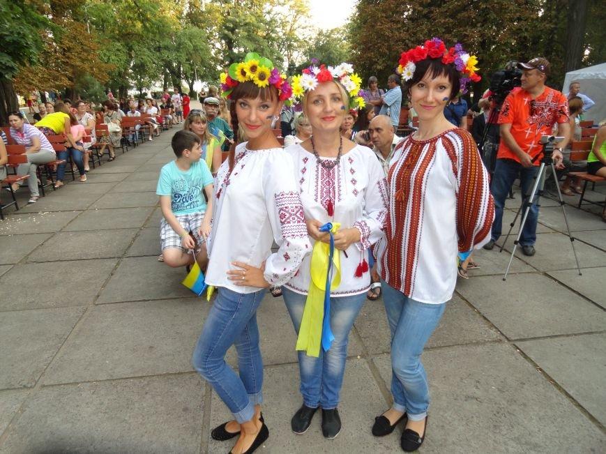 Мариупольцы устроили маленький фестиваль, пропитанный большой любовью к Украине (Дополнено,ФОТО, ВИДЕО), фото-5