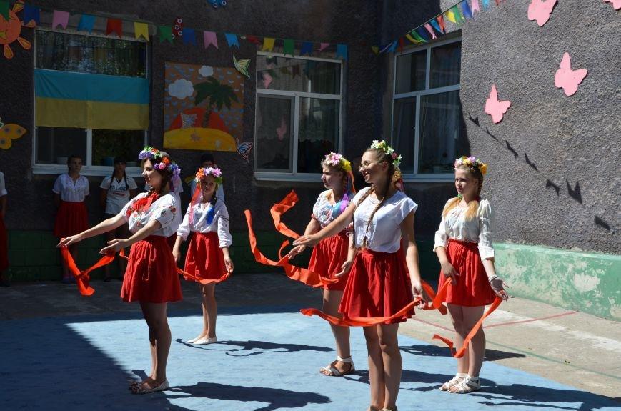 В Мариуполе Юрий Хотлубей и батальон «Днепр-1» навестили маленьких беженцев из Донецка (ФОТО), фото-30