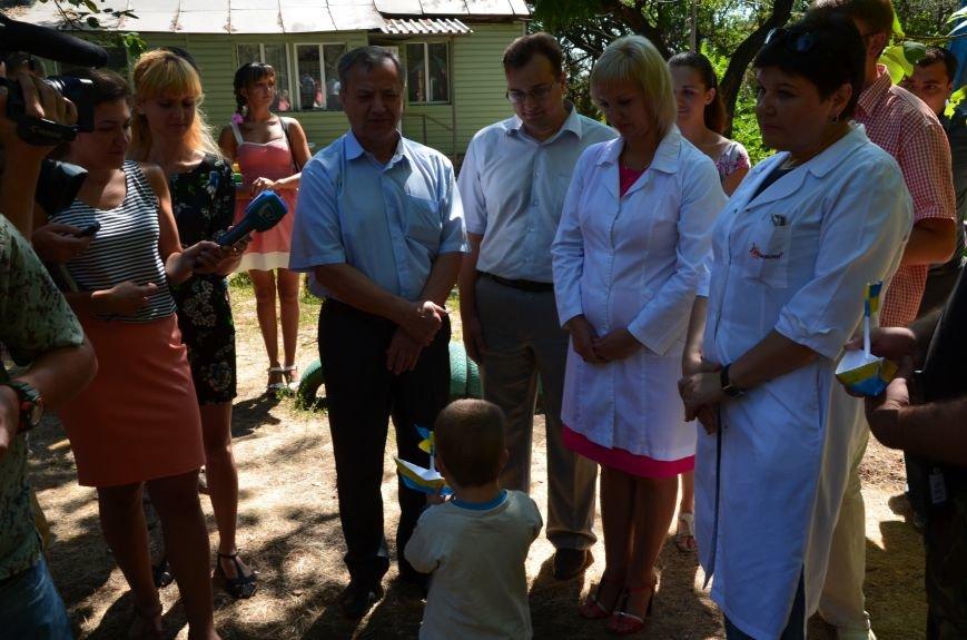 В Мариуполе Юрий Хотлубей и батальон «Днепр-1» навестили маленьких беженцев из Донецка (ФОТО), фото-14