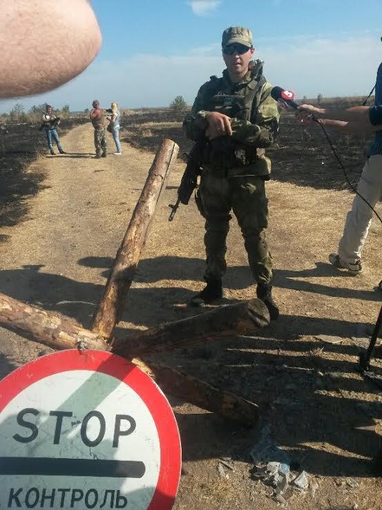 Под Мариуполем закрыт пункт пропуска «Новоазовск». Небезопасно для граждан (ФОТО), фото-15