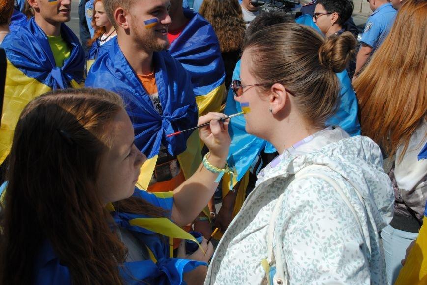 В Харькове евромайдановцы организовали батальон «Антигепин», подрались с милицией и развесили флаги над Сумской, фото-3